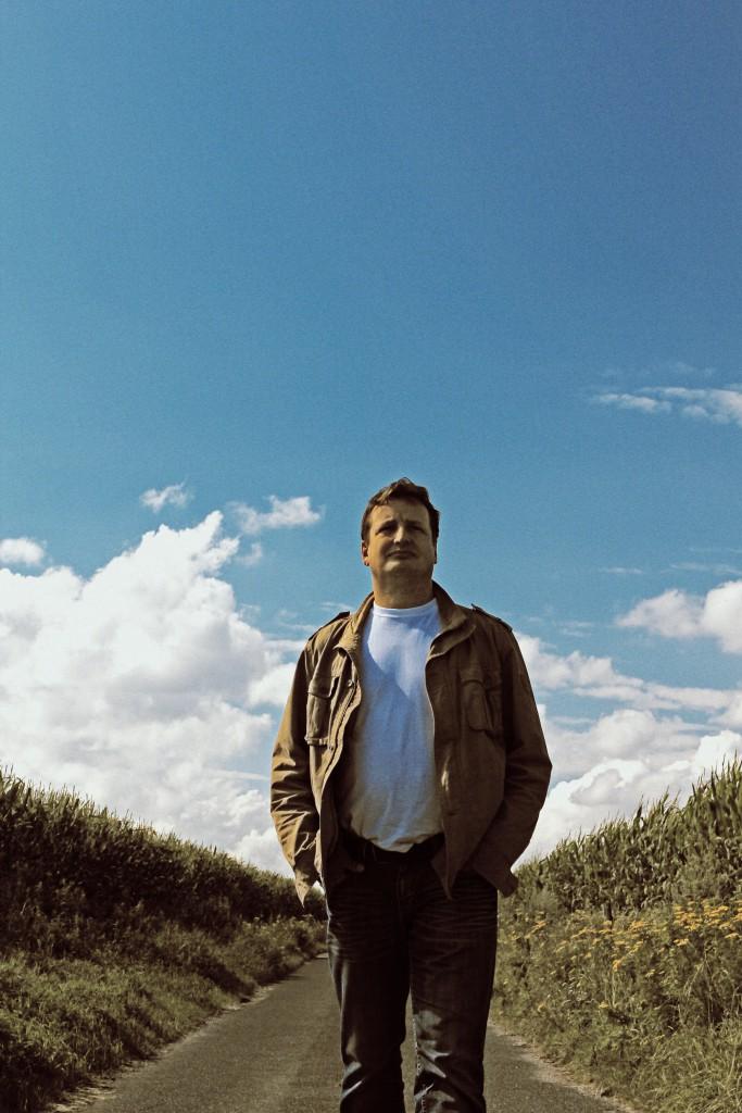 Andreas Frenzel vor weitem Himmel