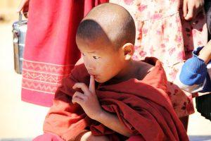 Kind Mönch