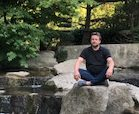 Andreas Frenzel bei der Meditation